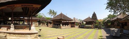 Bali_Temple_Panorama2