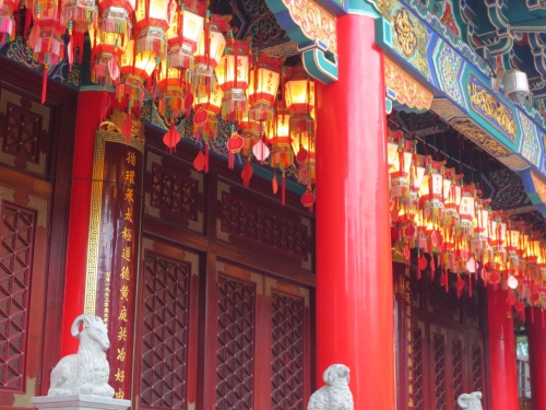 Lanterns and pillars