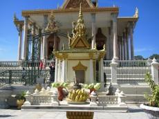 A spirit house near the Silver Pagoda.